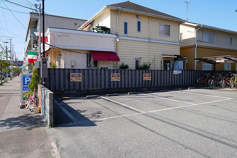 トラットリア ベリタ第一駐車場